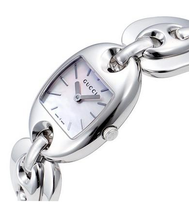 Gucci 古驰 女士白色珍珠表盘时尚腕表YA121520
